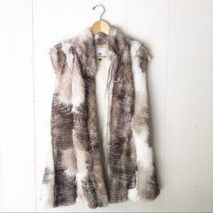 Cabi | Faux Fur Cream Vest